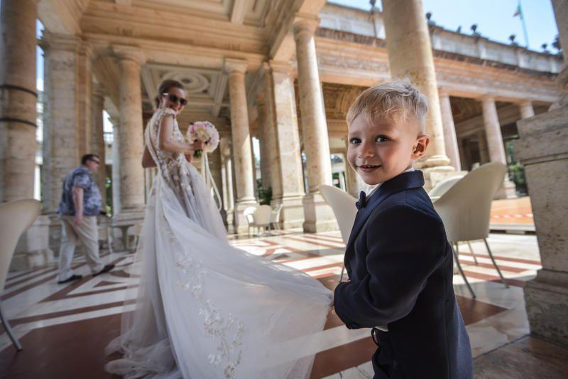Церемонии бракосочетания проведут в Музее современной истории России