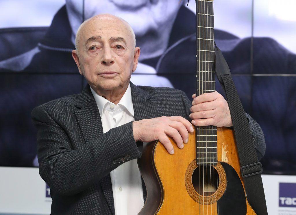 Александр Городницкий: Если люди вместе поют, они не будут стрелять друг в друга
