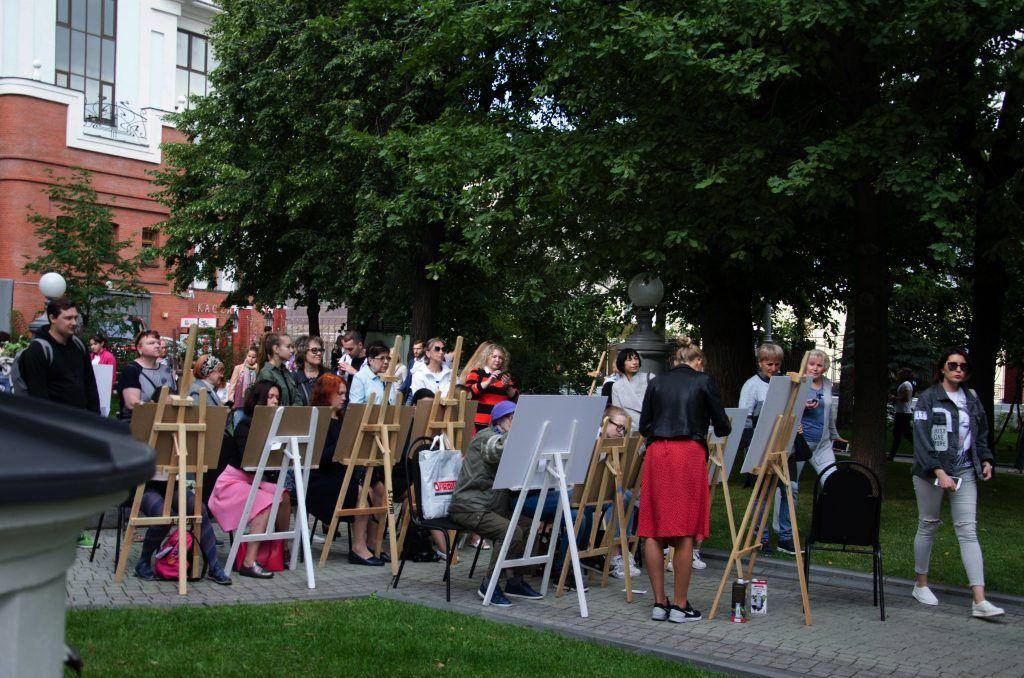 Мастер-класс по рисованию. Фото: Анастасия Кирсанова
