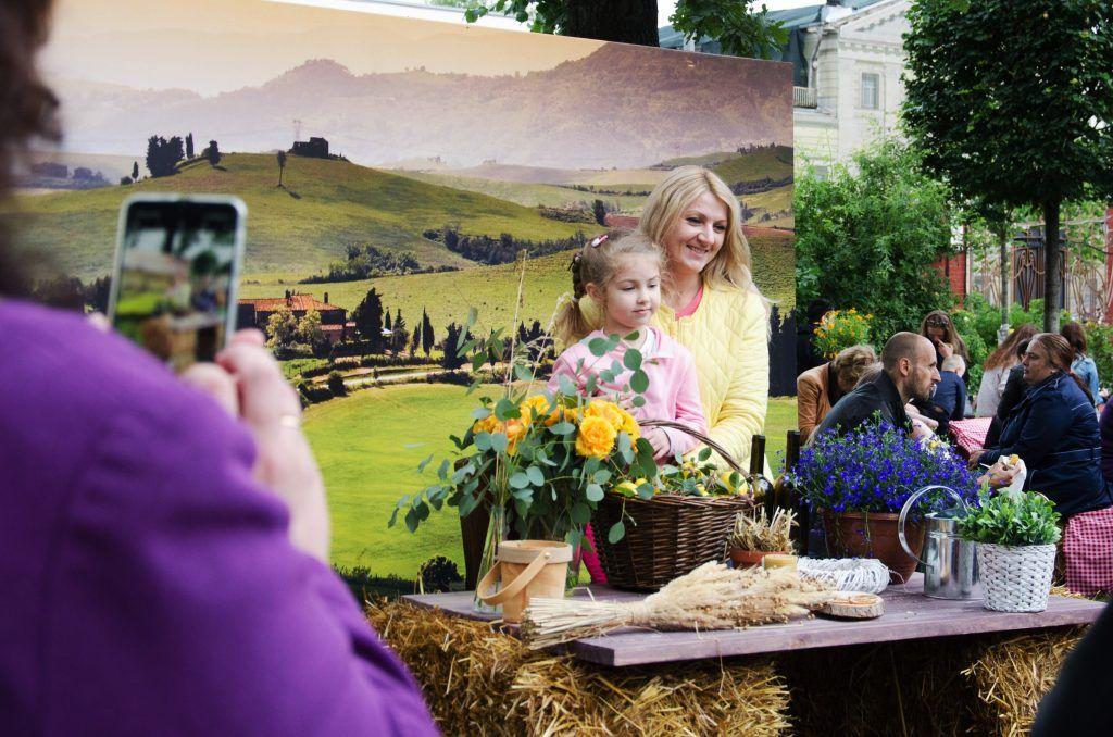 Мама Людмила с дочкой Варей. Фото: Анастасия Кирсанова