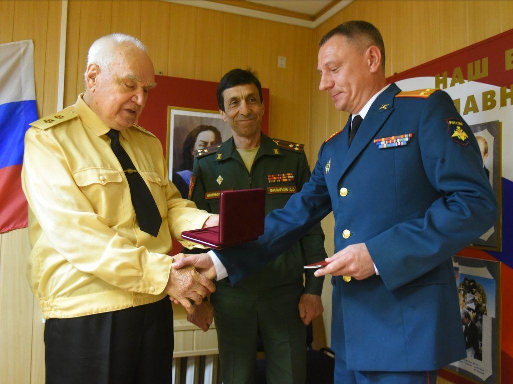 Жителей Центрального округа наградили в Красносельском районе