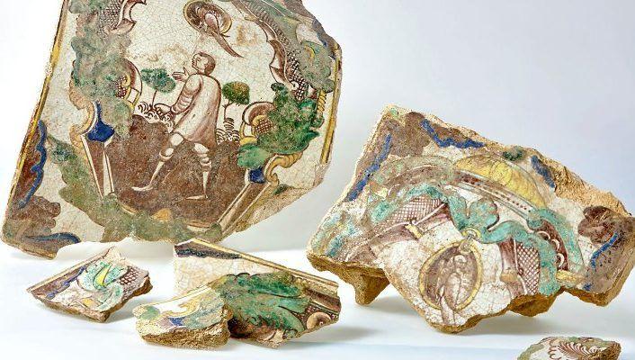 Старинные элементы печного изразца обнаружили в районе Замоскворечье