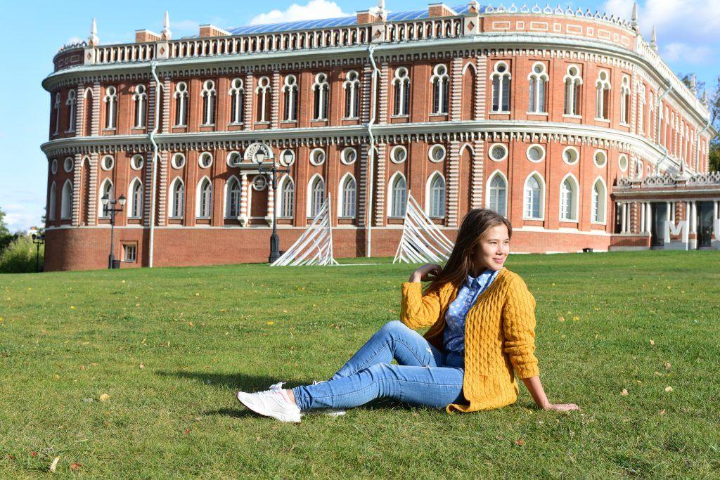 Москвичей успокоили теплым началом октября