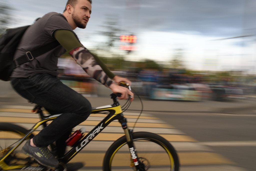Просим водителей быть внимательными в связи с перекрытиями и ограничениями во время проведения Московского Осеннего велофестиваля и Фестиваля городской техники