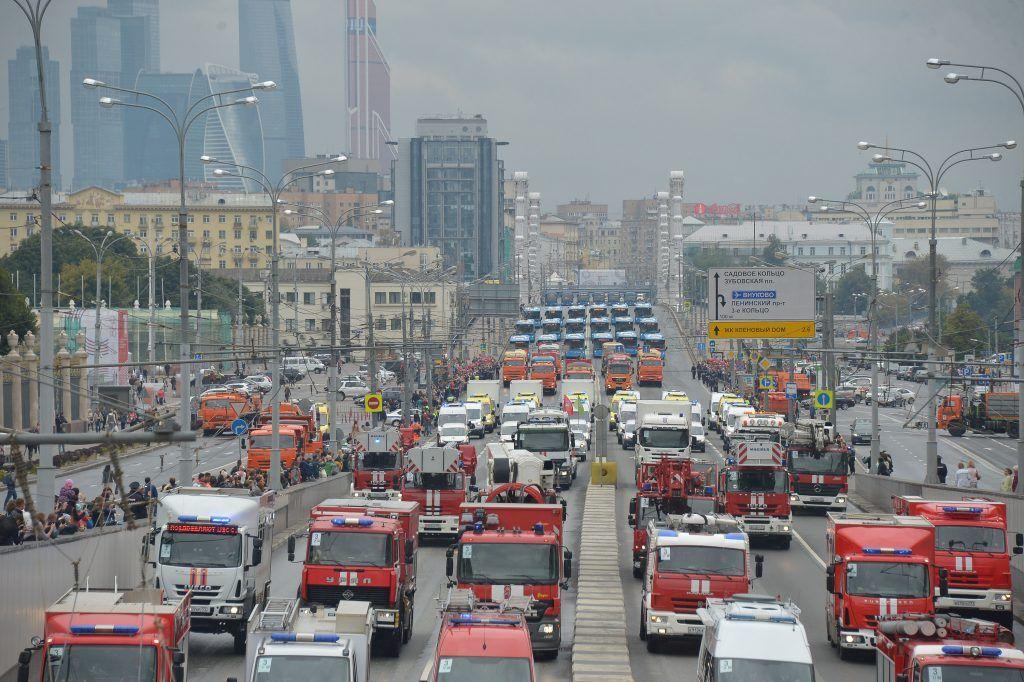 Пожарные, коммунальщики и полицейские перекроют центр Москвы до 15 сентября