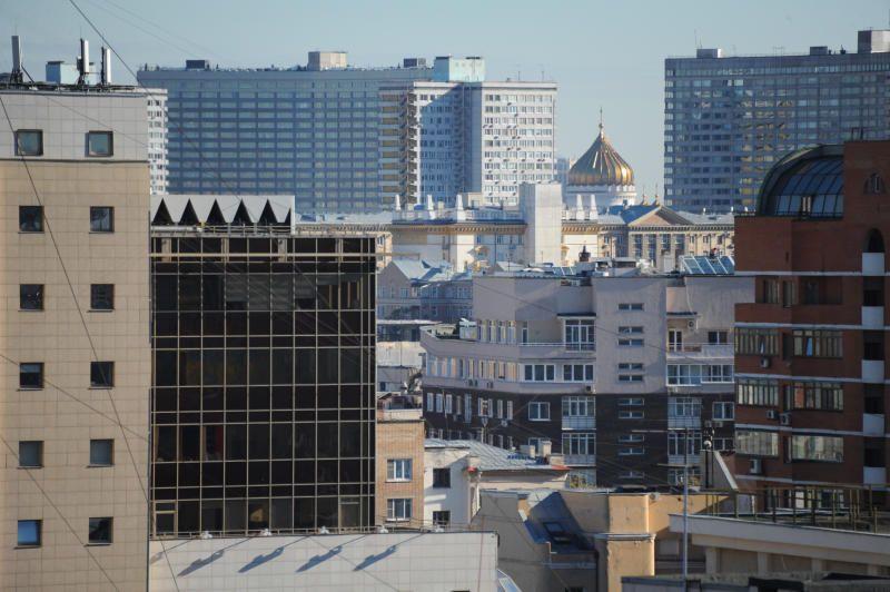 Крышу жилого дома на улице Шаболовка отремонтировали