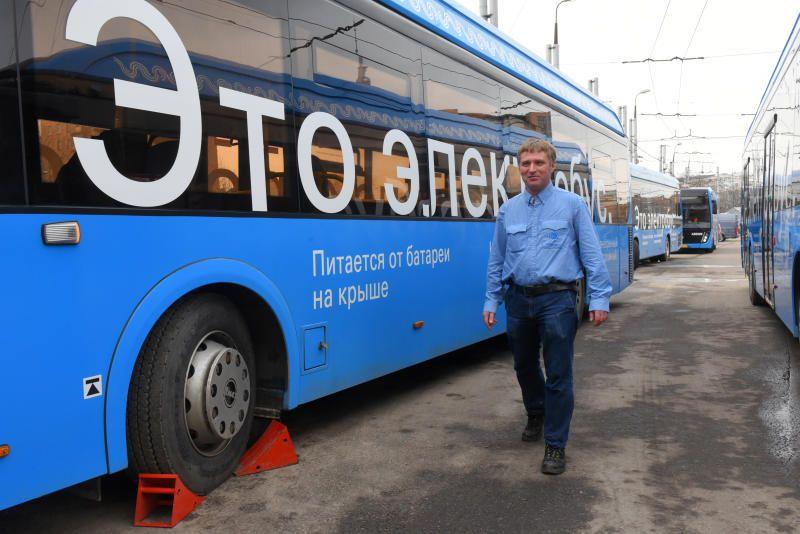 Власти Москвы закупят в 2020 году 300 электробусов. Фото: Александр Кожохин, «Вечерняя Москва»