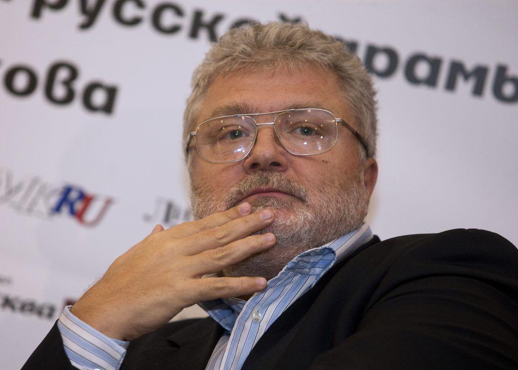 Юрий Поляков: Моя первая квартира стала цветочным магазином