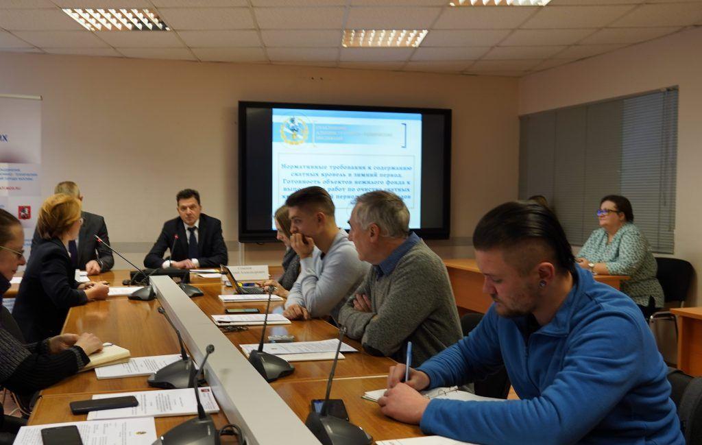 Пресс-конференция о содержании скатных кровель в зимний период прошла в Информационном центре Правительства Москвы