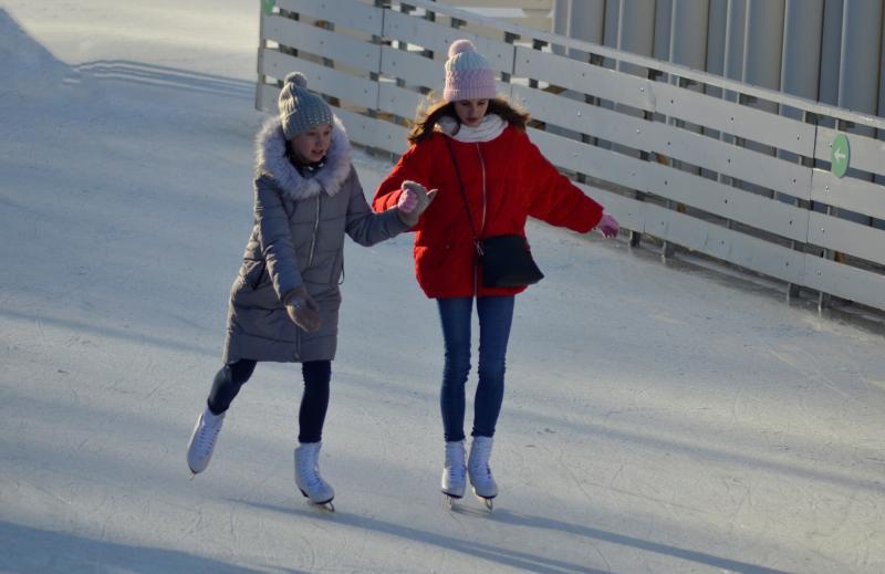 Праздничную программу в честь открытия катка проведут в Новослободском парке