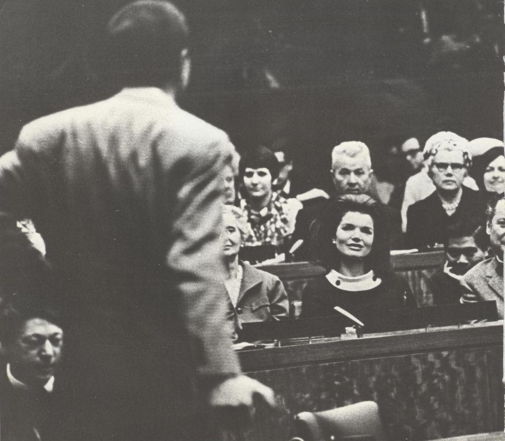 Последние стихи Вознесенского были посвящены Жаклин Кеннеди