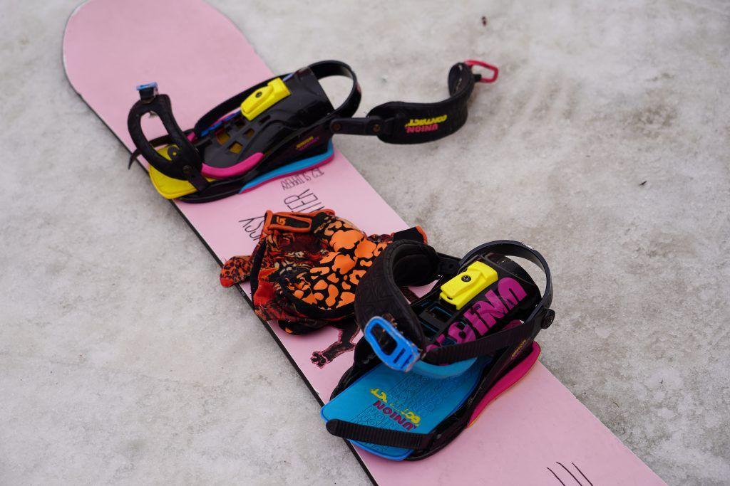 Сноубординг — дело трудоемкое. Требуются постоянные тренировки, чтобы научиться исполнению трюков. Фото: Денис Кондратьев