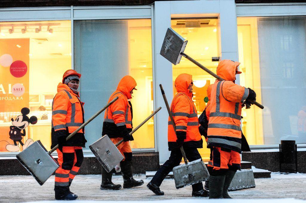 Московские коммунальщики активизировались из-за непогоды