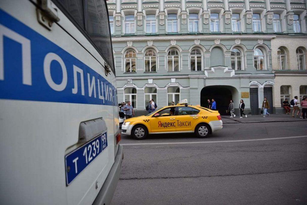 В районе Хамовники полицейские выявили факт нарушения миграционного законодательства