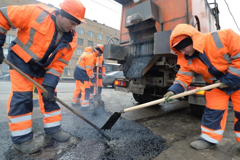 Дорогу отремонтировали на одной из улиц Таганского района