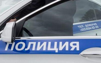 Сотрудники полиции приняли участие в передаче обломков самолета времен Великой Отечественной войны