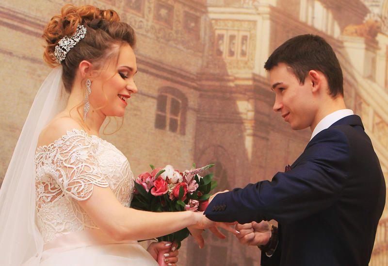 Более 470 пар заключат брак 31 декабря в московских ЗАГСах. Фото: Наталия Нечаева, «Вечерняя Москва»