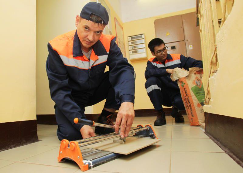 Косметический ремонт подъезда проведут в доме на Новом Арбате