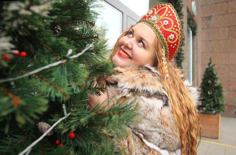 Психолог рассказала когда лучше всего наряжать елку. Фото: Наталия Нечаева, «Вечерняя Москва»