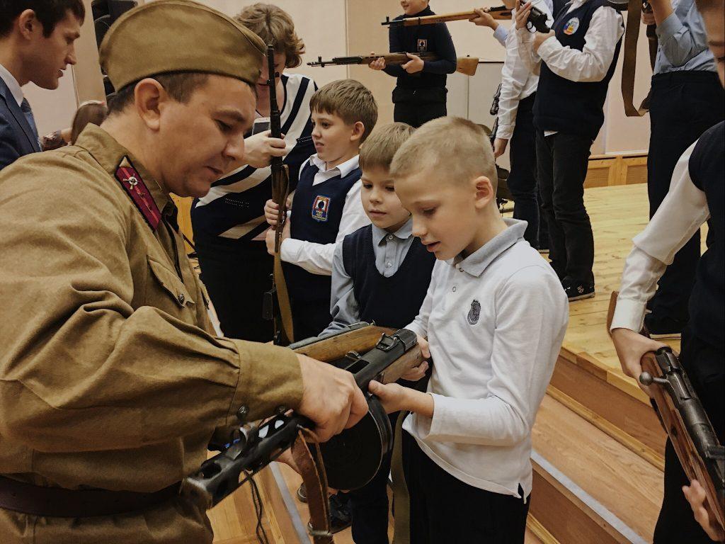 Сотрудники полиции приняли участие в мероприятии, посвященном Битве под Москвой 1941 года