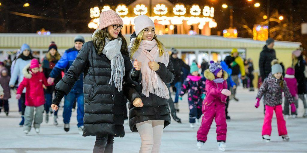 Москвичи смогут покататься на горках и коньках в районе Хамовники
