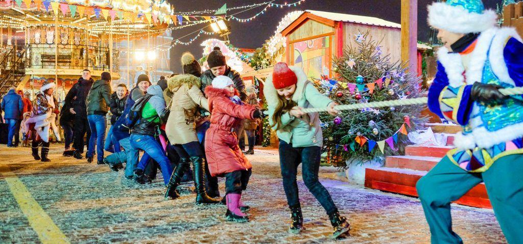 Интерактивные спектакли и необычные десерты: москвичей пригласили на заключительные мероприятия «Путешествия в Рождество»