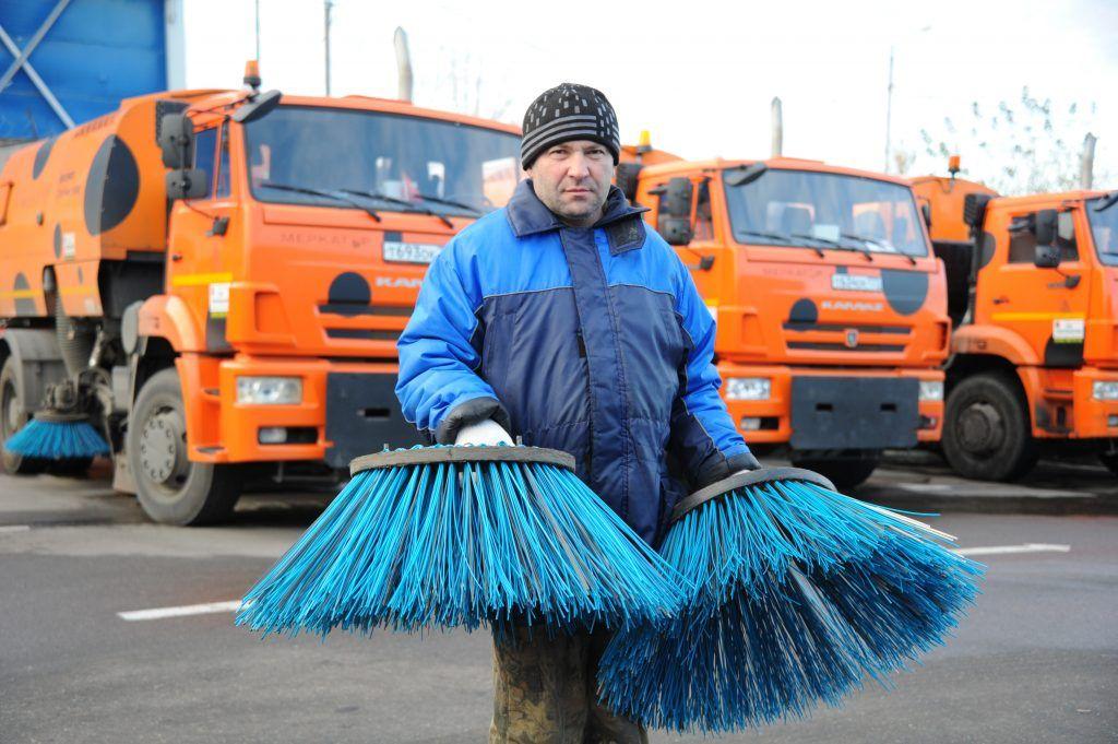 Москвичам рассказали, как коммунальщики спасли Новый год