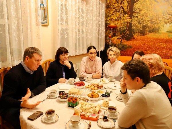 Андрей Метельский стал первым спикером проекта «Единой России» по социальной адаптации для детей-сирот в Москве