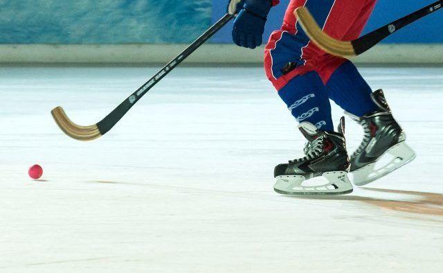 Первую игру в рамках Московской студенческой лиги проведут хоккеисты Плехановского университета