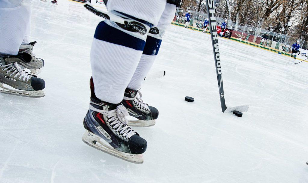 Спортсмены Плехановского университета встретятся на льду с командой РАНХиГС