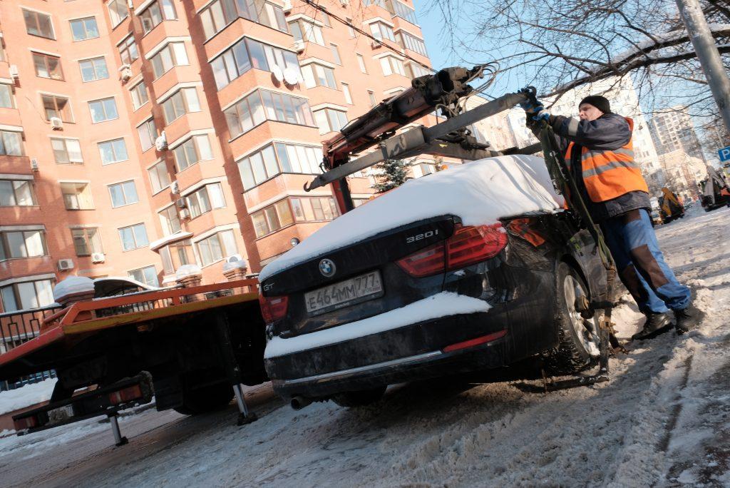 Московские эвакуаторы в январе переместили 125 поврежденных в ДТП автомобилей