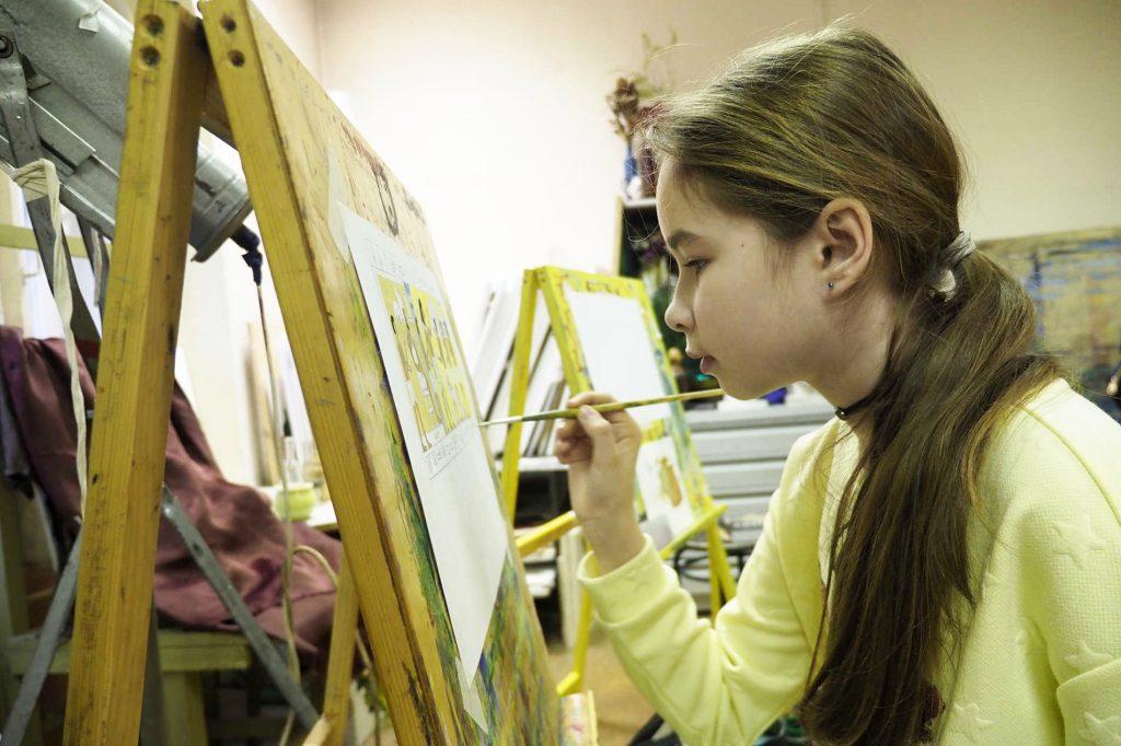 Юные художники Москвы поучаствуют в конкурсе «Наследие моего района»