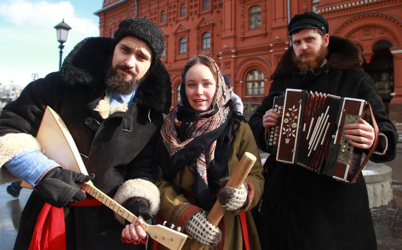 Исторические экскурсии и арт-объекты: на Масленицу для москвичей проведут 30 прогулок по городу