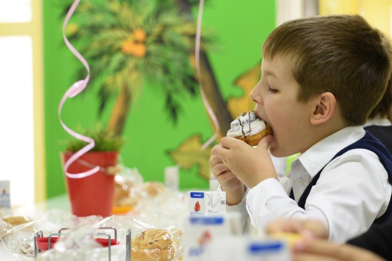 ВЦИОМ: Большинство москвичей удовлетворены качеством питания в школах