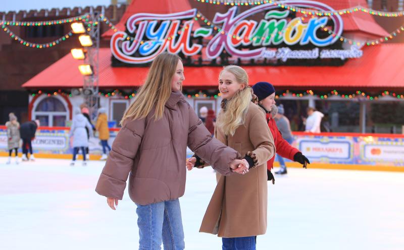 Каток на Красной площади временно закроют в связи с проведением турнира по керлингу