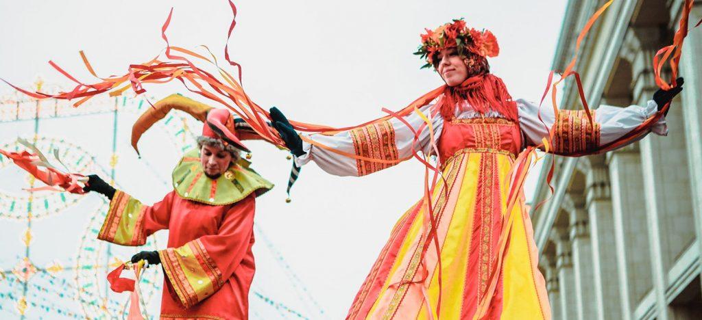 Изготовление кукол и народные танцы: программу «Широкая Масленица» проведут в Хамовниках