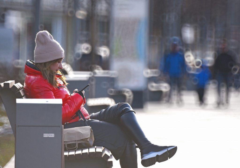 Москвичей ожидает теплая погода в выходные дни