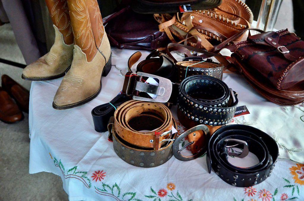 Григорий Белоусов привозит ковбойские вещи из США. Фото: Анна Быкова