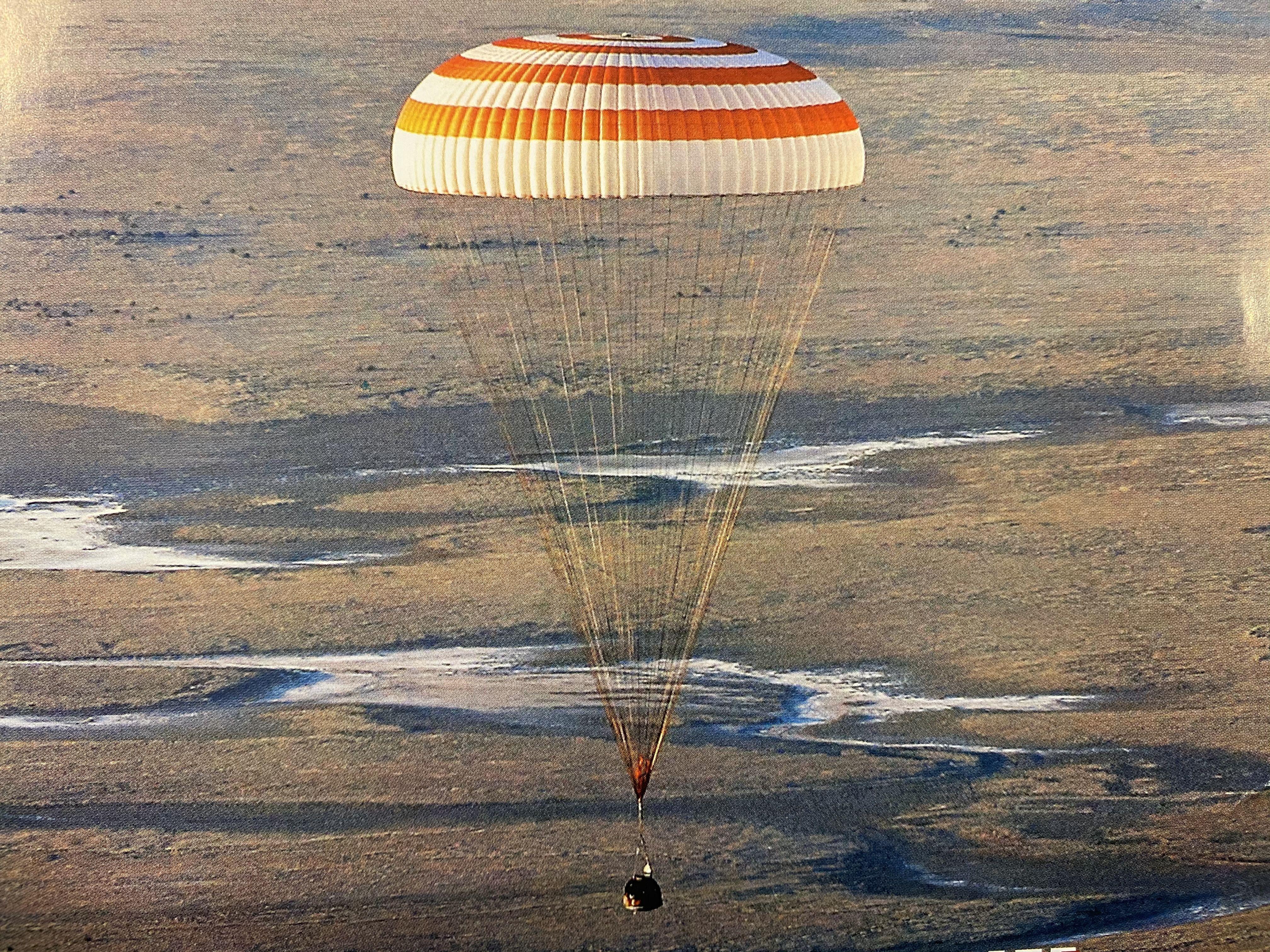 Летчик Владимир Наумкин: «Мы ждали сигнала с «Восхода-2», а в наушниках тишина...». Фото предоставил герой