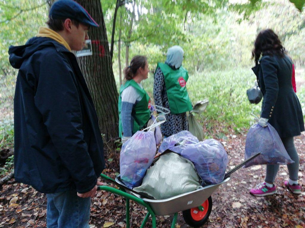 Москвичей приглашают узнать, как организовывать раздельный сбор отходов