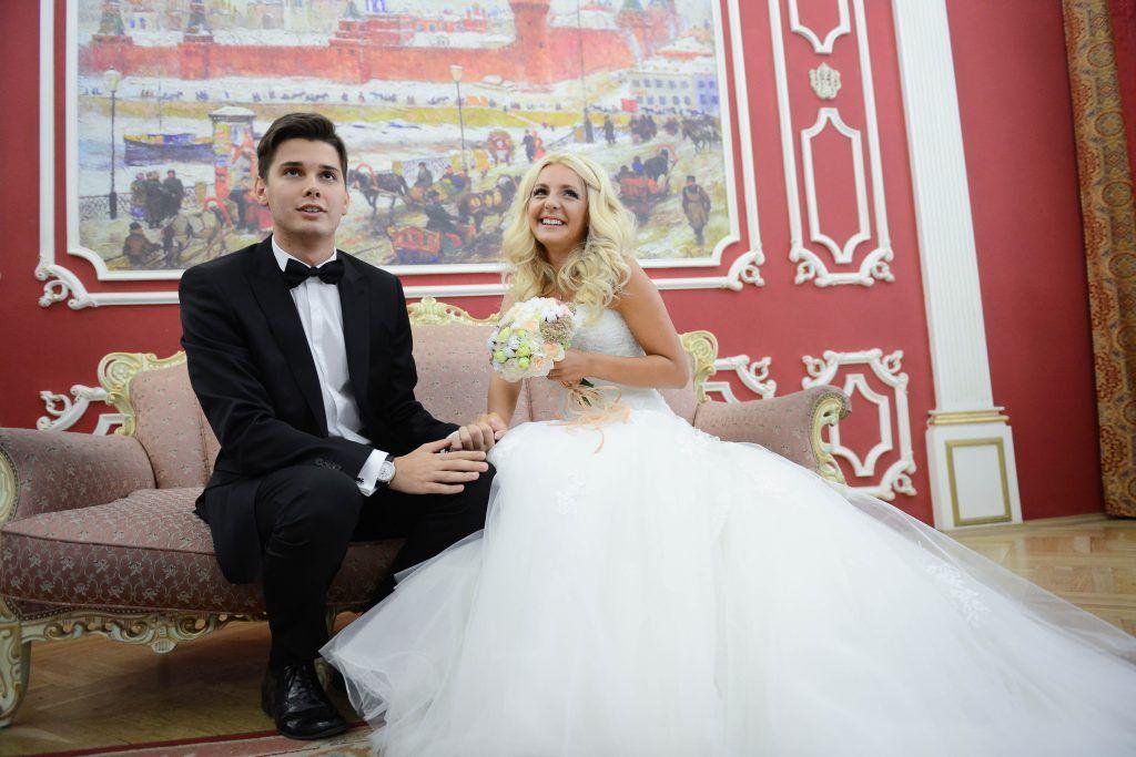 Более тысячи московских пар поженились на необычных площадках с начала года