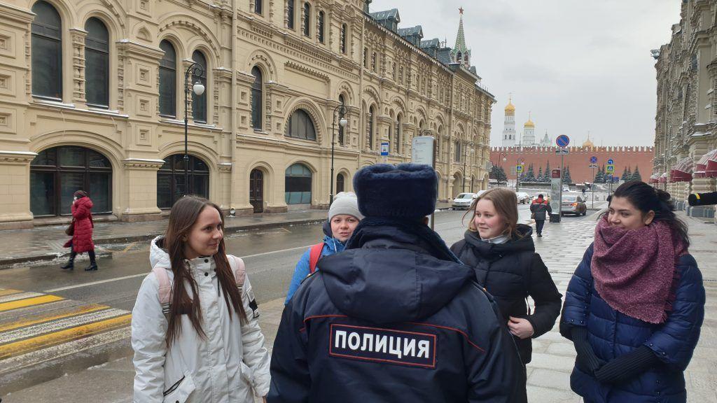 Сотрудники полиции ОМВД России по району Китай-город провели мероприятие по контролю за соблюдением режима самоизоляции