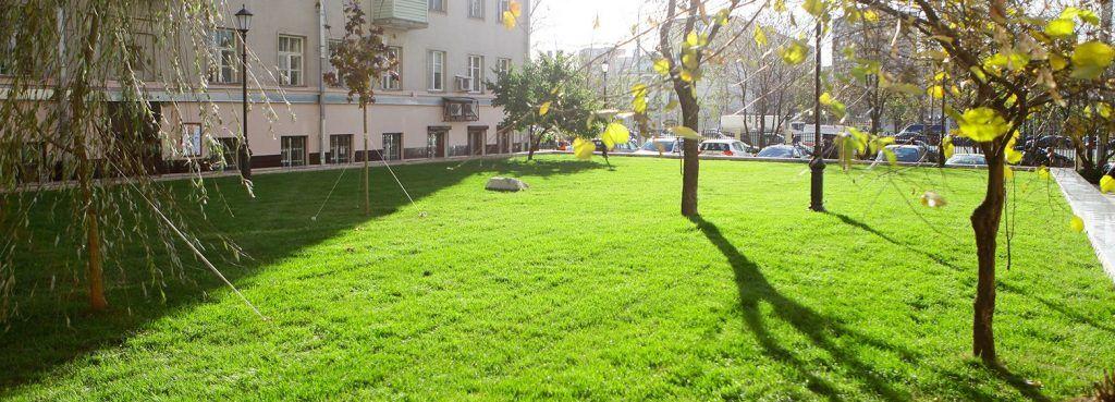 Комплексное благоустройство в 120 дворах начали в районе Арбат