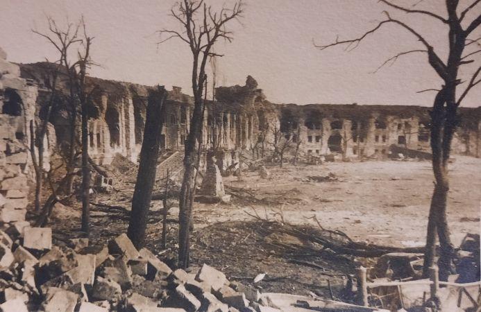 Фронтовая фотография, сделанная солдатом Николаем Кудакиным во время войны. Фото предоставлено пресс-службой ДК «Гайдаровец»