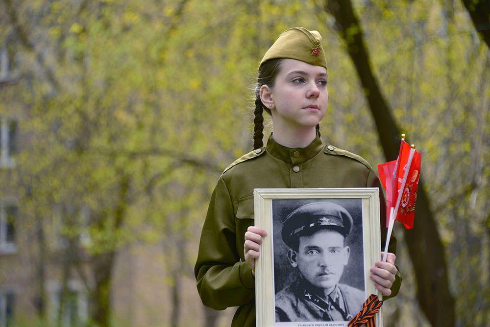 Москвичи прислали более двух тысяч видео для «Паркового стихоговорителя»