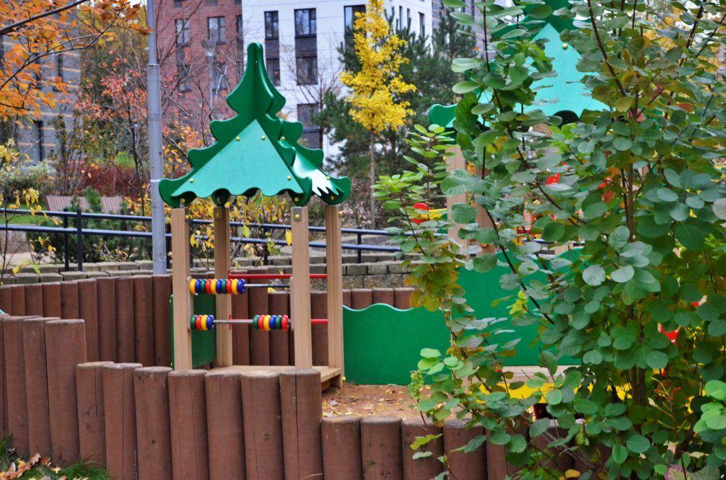 Детскую площадку на Рабочей улице обновили