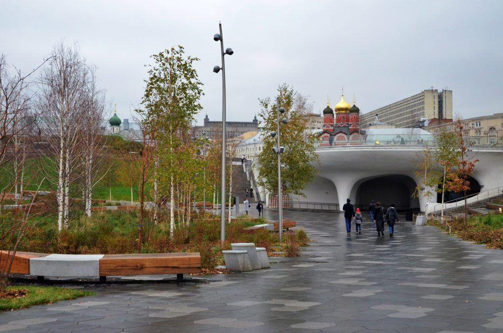 Директор парка «Зарядье»: Москва лучше многих столиц справилась с пандемией коронавируса