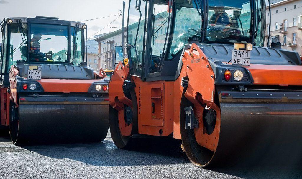 Сотрудники «Жилищника» выполнили дорожные работы на улицах района Замоскворечье