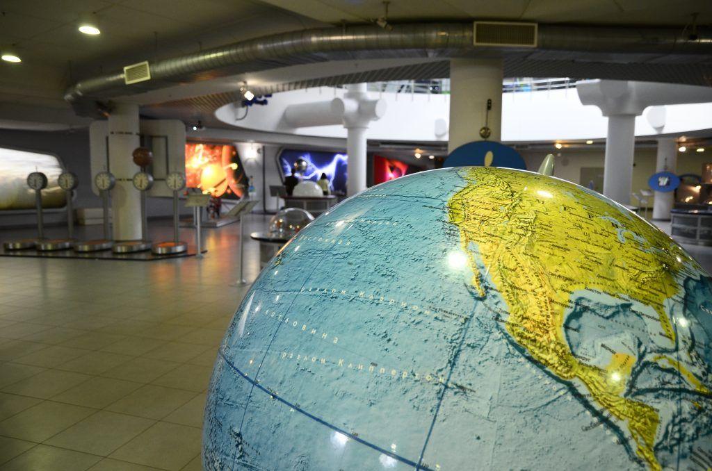 Приоткрыть завесу тайн космоса помогут сотрудники столичного планетария