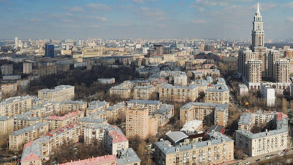 Москвичам порекомендовали путешествовать внутри страны в 2020 году